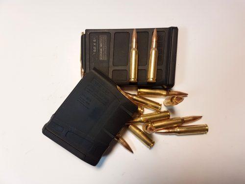 10 výstřelů z odstřelovačky Ruger precision rifle nebo Remington